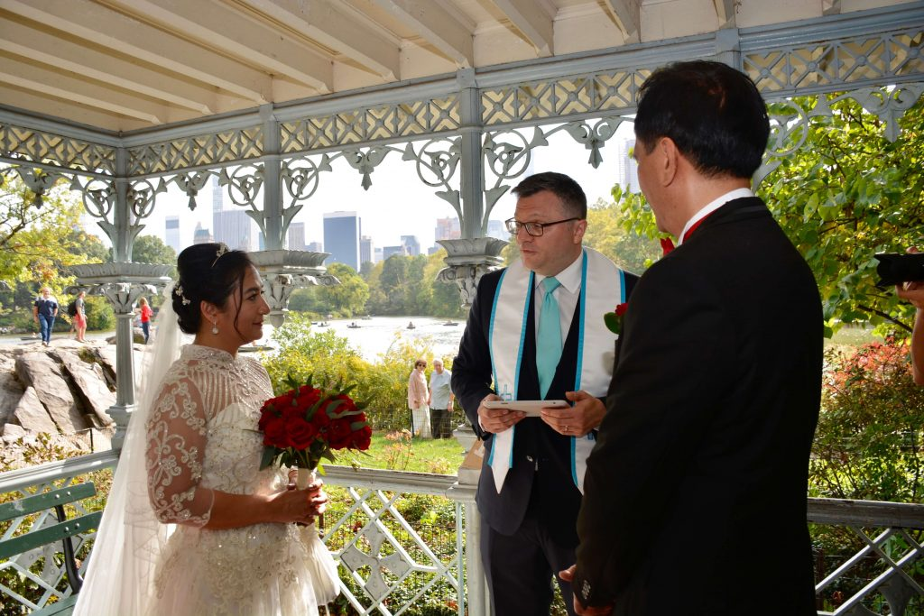 Rev.Brad-wedding-Officiant